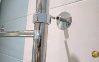 Как правильно крепить полотенцесушитель
