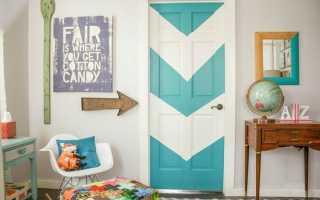 Как преобразить старую деревянную дверь