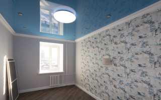 Как поменять обои если есть натяжной потолок
