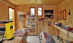 Как оборудовать мастерскую на даче