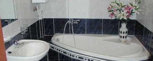 Как отремонтировать ванную комнату своими руками недорого
