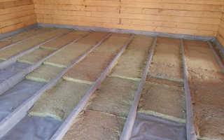 Как правильно утеплить пол в деревянном доме