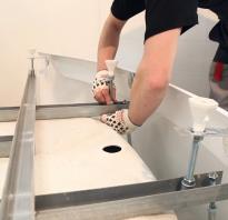 Как правильно закрепить акриловую ванну