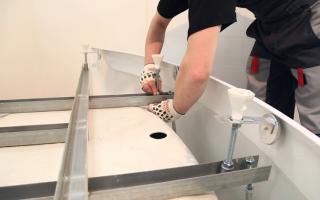 Как правильно поставить акриловую ванну