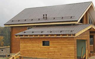 Как пристроить сарай к деревянному дому